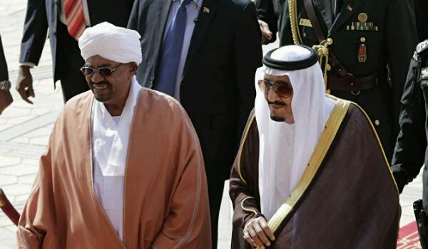 ورد الان رئيس عربي يفاج الجميع ويكشف كواليس سرية لنقاش دار بينه وبين الملك سلمان حول الحرب في اليمن